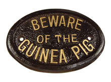 Schildje - Beware of the Guinea Pig